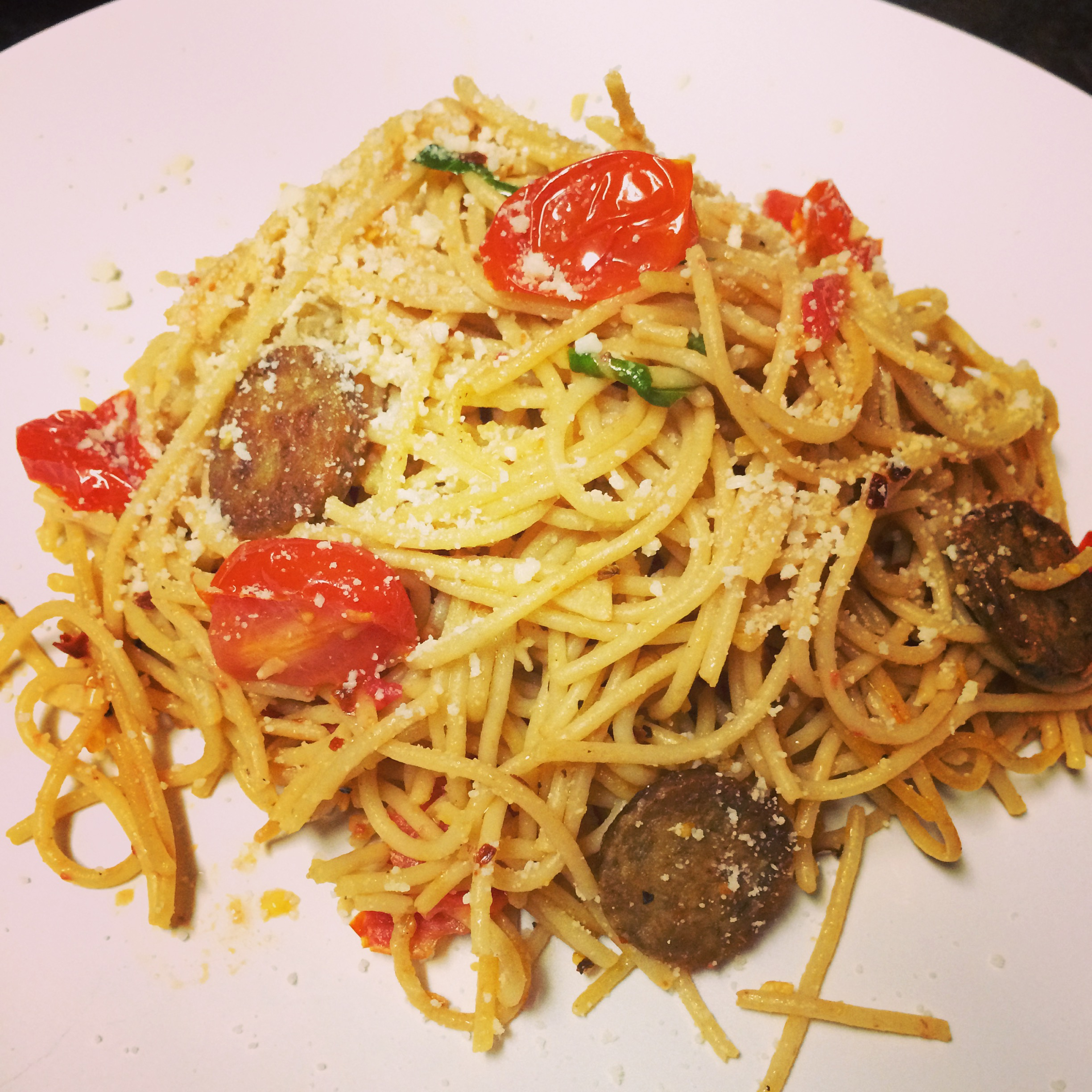 Garlic Butter Spaghetti with Tomatoes and Sausage-less ...